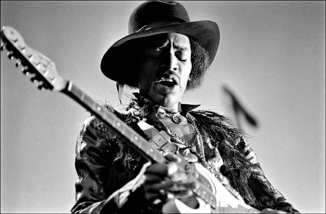 Jimi Hendrix, Fillmore East, NYC, 1968. Playing Gibson, Les Paul Photo By ©Elliott Landy, LandyVision Inc.