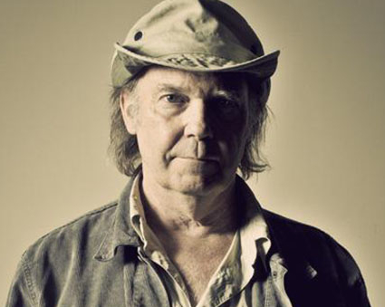 neil-young-2014-promo-650x400 (crop)
