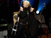 Annie Lennox, Dhani Harrison Sing 'Isn't It a Pity'