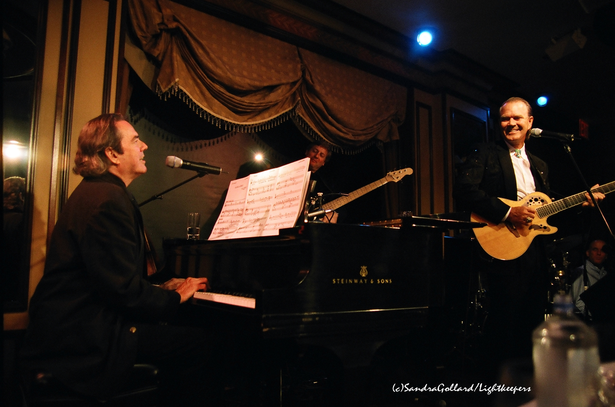 Webb and Campbell during their June 2005 run at Feinstein's at the Regency, New York City. ©Sandra Gillard/Lightkeepers. Used with permission.