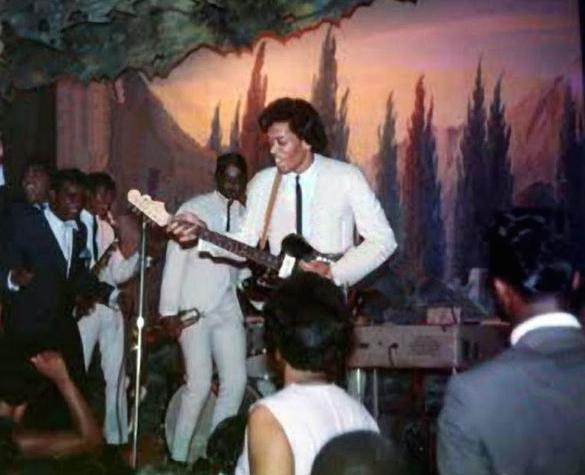 Jimi & The Isleys (crop)