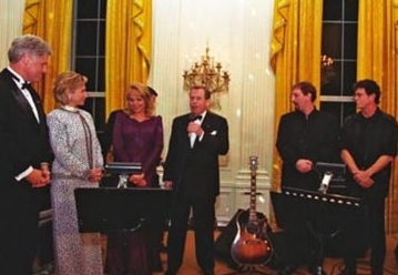 LouReed_Clintons_WhiteHouse_550 (crop)
