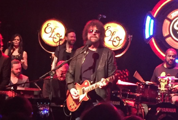 Jeff Lynne's ELO performing at NYC's Irving Plaza on November 20, 2015 (via Instagram)