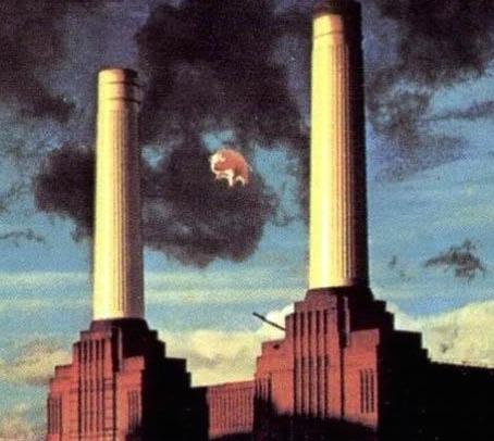 December 3 1976 pink floyd flying pig gets loose best classic bands