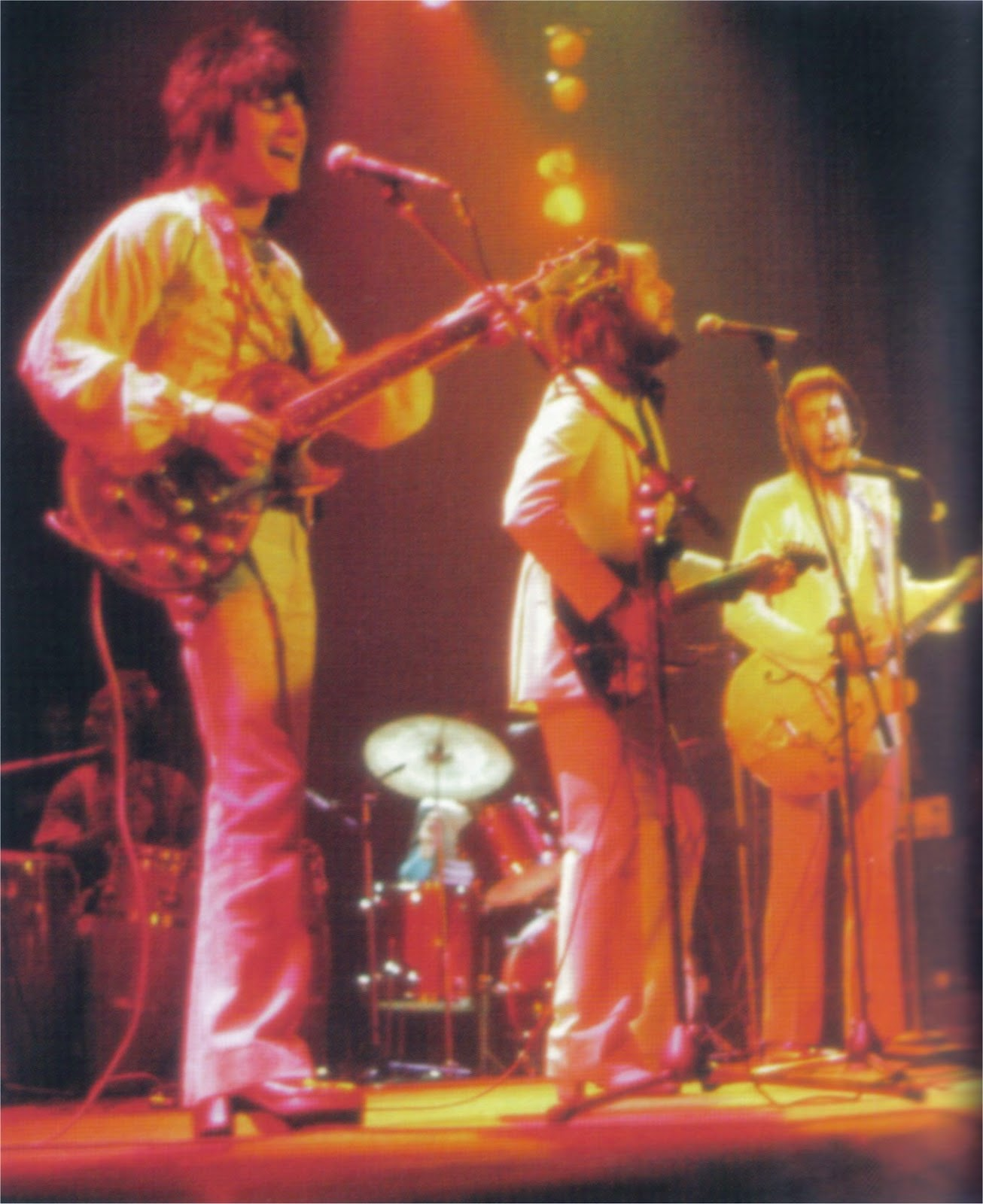 Wood, Clapton & Townsend - Rainbow Concert