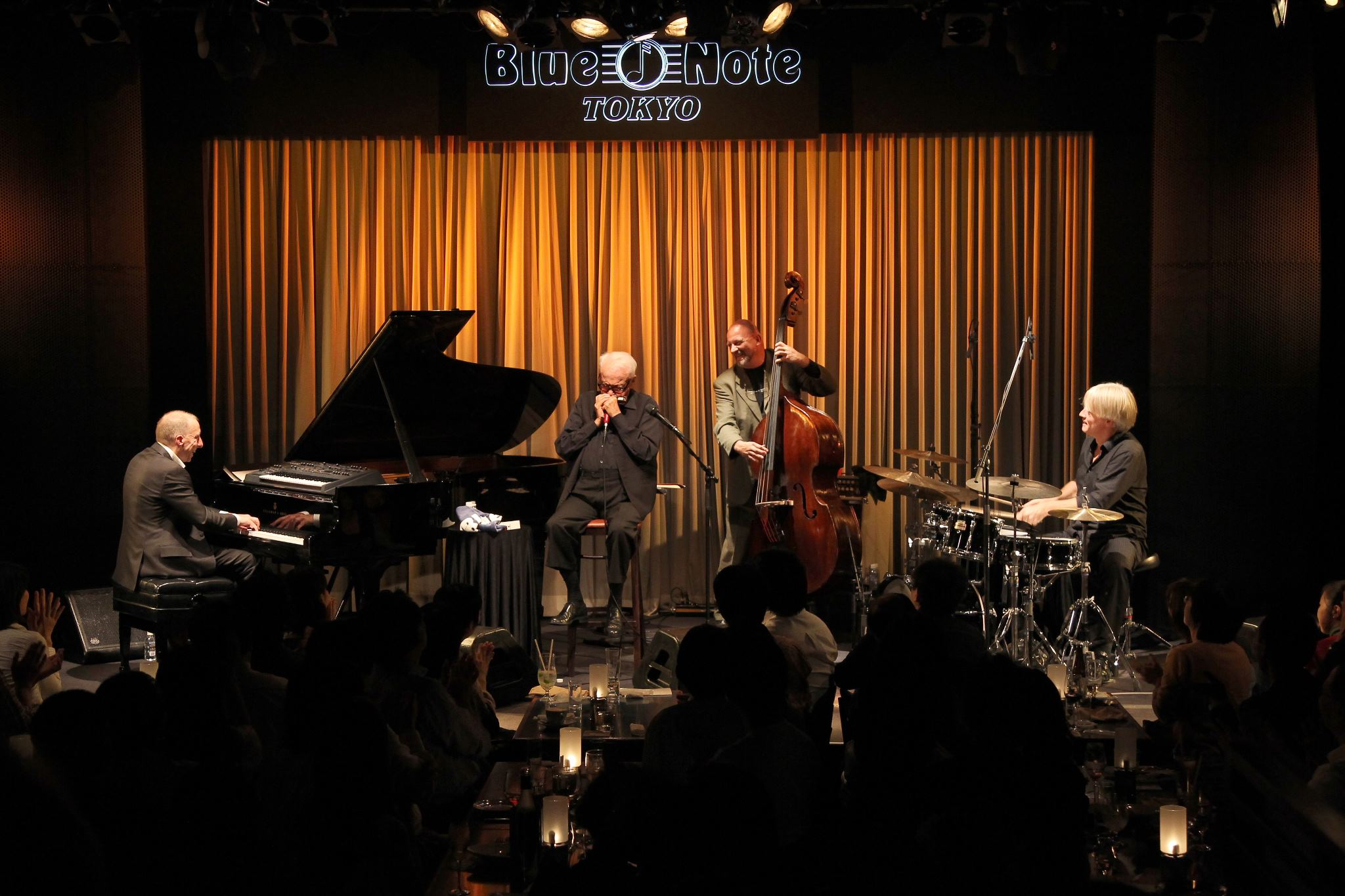 Thielemans performing at the Blue Note in Tokyo in a 2012 photo on his Facebook page