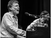Steve Winwood Opens Tour With Survey of Hits