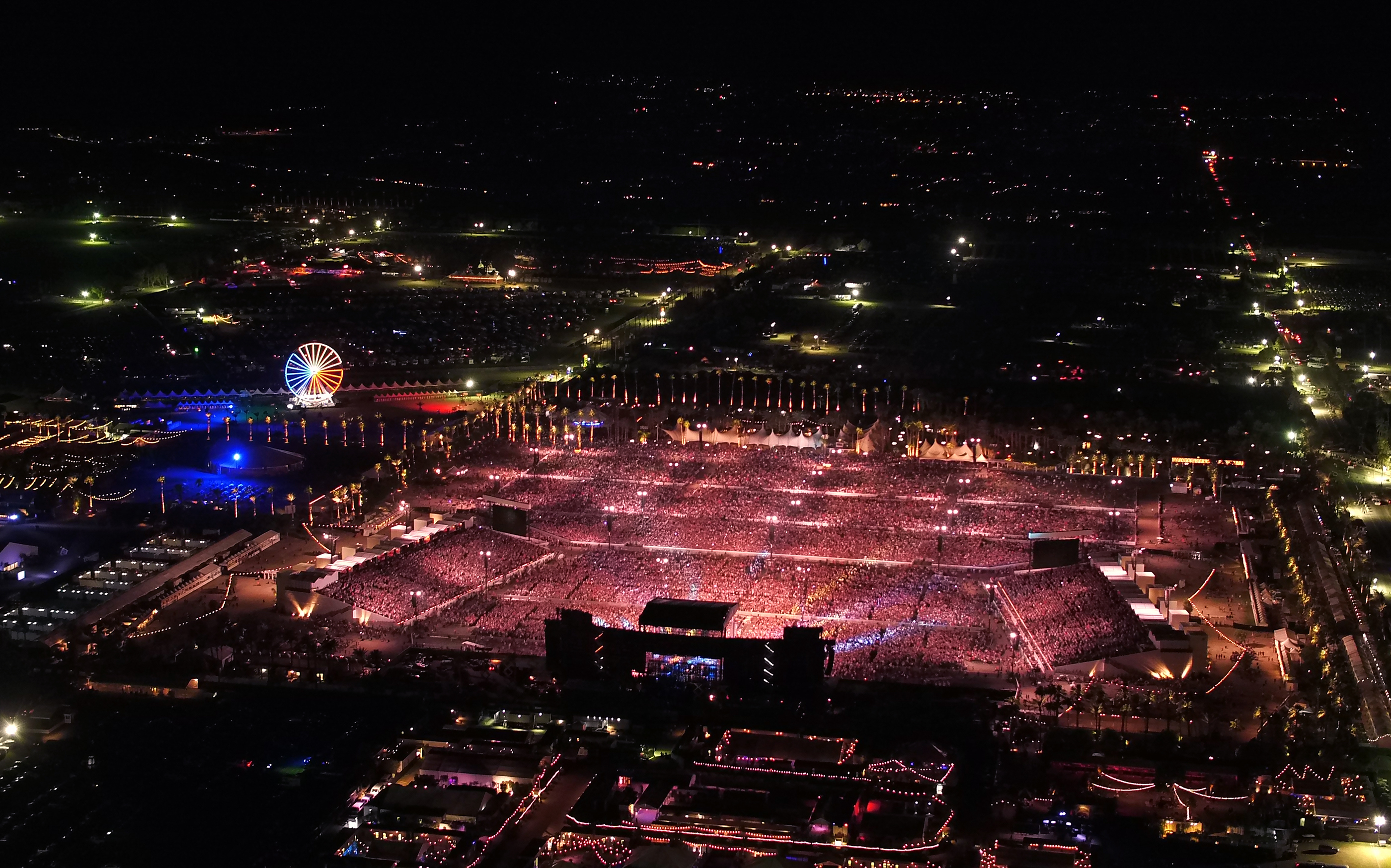 The Desert Trip crowd seen from above during Weekend One. (Photo by Kevin Mazur/Getty Images for Desert Trip)