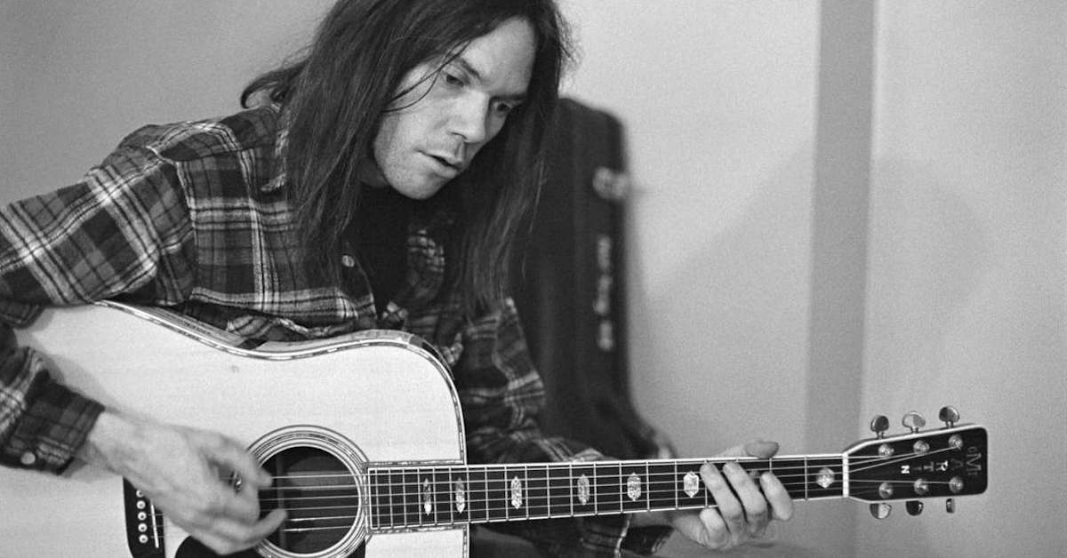 Neil Young Classic 70s Titles Coming To Vinyl Best