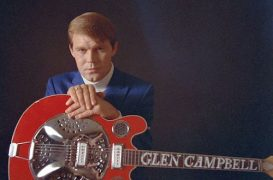 Glen Campbell, Country-Pop Superstar, Dead at 81