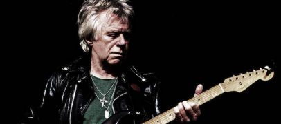 Dave Edmunds Shares Two Chuck Berry Stories