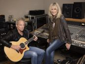 Lindsey Buckingham, Christine McVie 'Making-Of' Clip