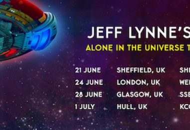 Jeff Lynne's ELO Returns to the Stage