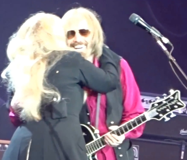 Tom Petty Stevie Nicks Share 2017 London Stage Best Classic Bands