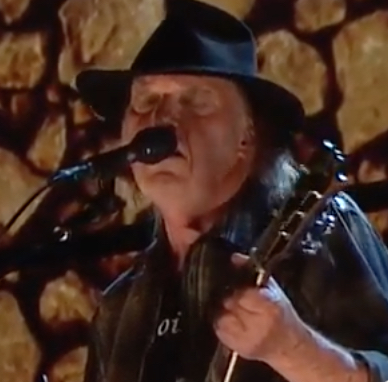 neil young s 2017 set at farm aid was first in months best classic bands. Black Bedroom Furniture Sets. Home Design Ideas