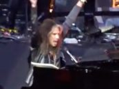 Steven Tyler Returns to Stage After Health Scare