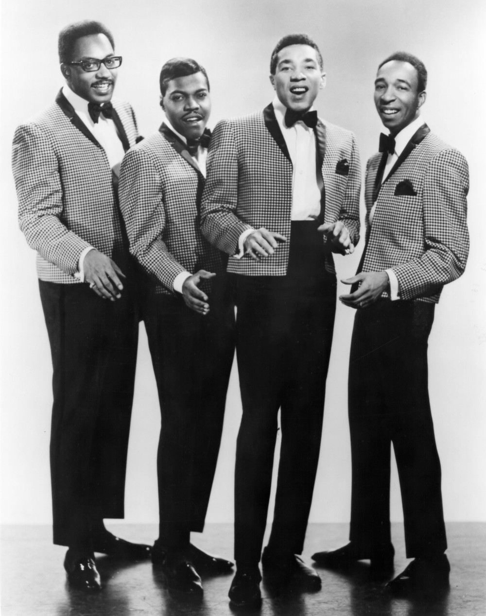 The Miracles - Going to a Go-Go - YouTube