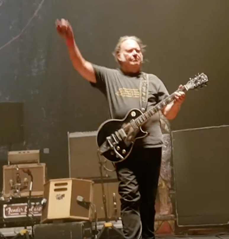 Neil Young Adds New Dates to 'Spontaneous Tour' | Best