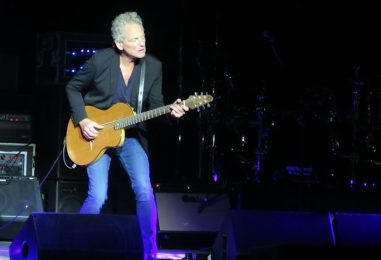 Lindsey Buckingham Shines in Concert: Review