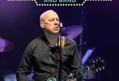 Opening Night of Mark Knopfler's 2019 Tour: Watch