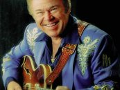 Roy Clark, Country Star & 'Hee Haw' Host, Dead