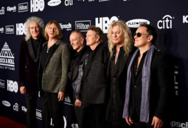 Def Leppard All-Star Jam Ends 2019 Rock Hall Event: Watch