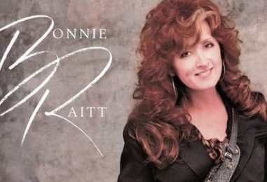 Bonnie Raitt Rebounds in the 'Nick of Time'