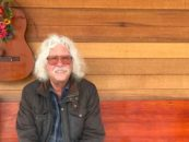 Arlo Guthrie Retires From Stage: 'Gone Fishing'