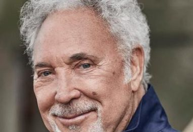 Tom Jones Sets New Album, 'Surrounded By Time'