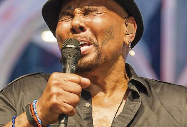 Aaron Neville Retires from Touring: 'The Time Has Come'